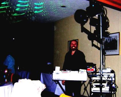 dinner-dance-2009-dj2
