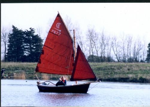 johnridleys-new-boat325jan04